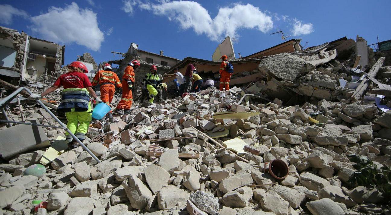 #Terremoto: gli hashtag più utilizzati su Twitter